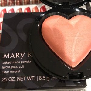 NEW Marykay baked cheek powder color Kind Heart